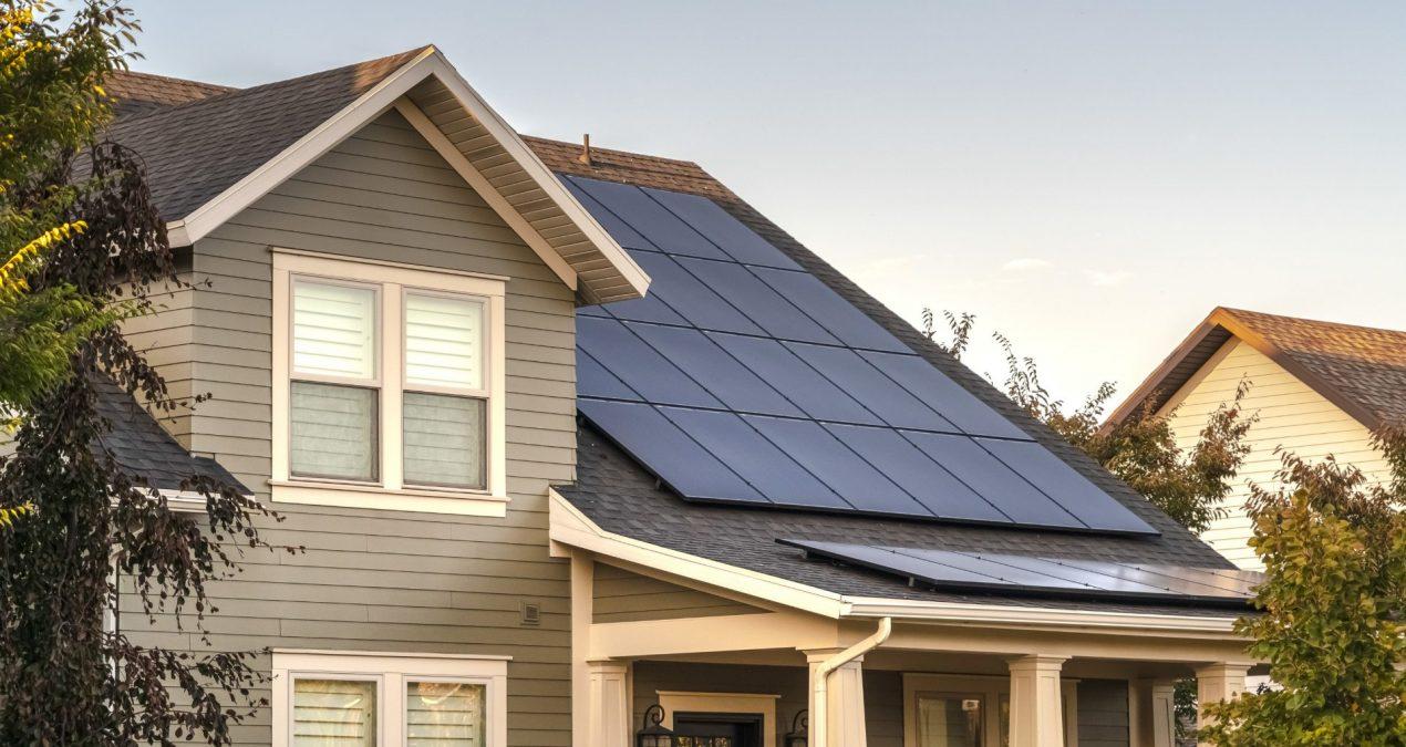 L'énergie solaire est-elle faite pour les grandes maisons ?