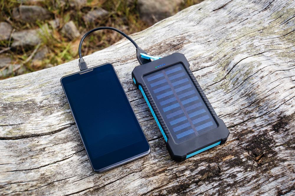 Guide d'achat d'un chargeur solaire USB
